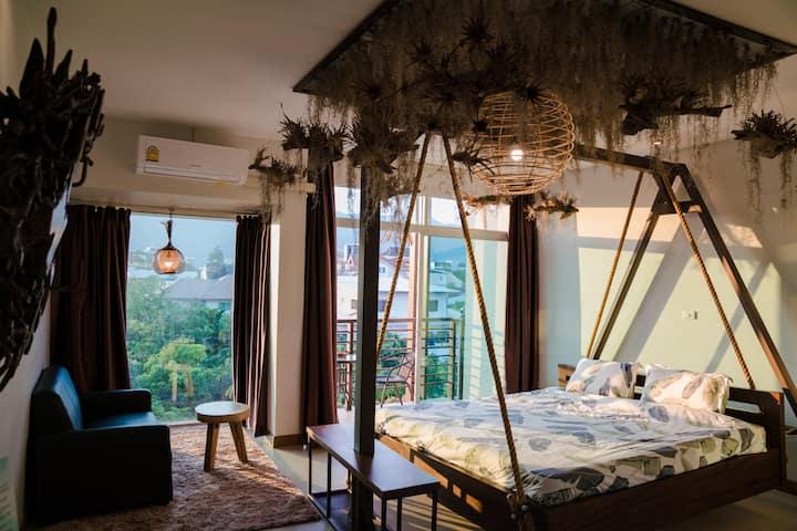 豪华山景吊床房4楼