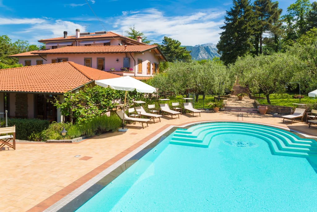 House Belvedere Toscana Ms Houses For Rent In Massa