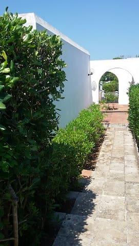 casa vacanze tra mare e natura - Santa Cesarea Terme - บ้าน