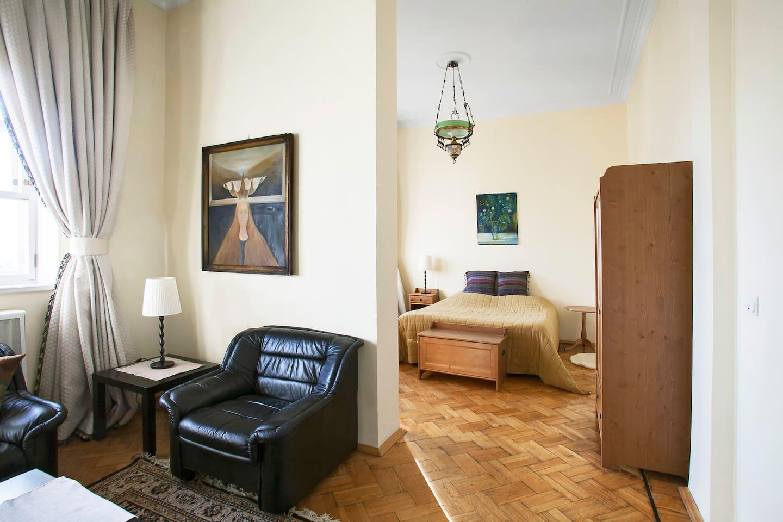 Nice flat by Patriarshiy Ponds