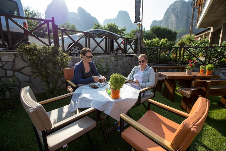 Superior cosy room Meteora and Monastery view