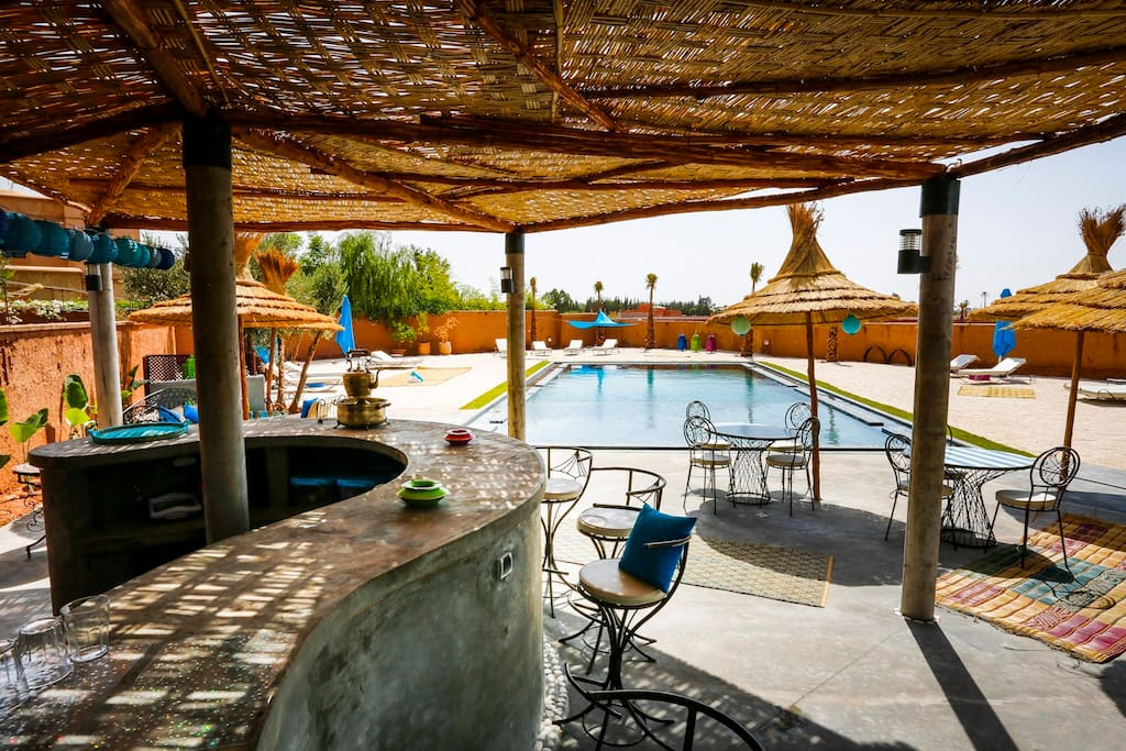 chambre majorelle acc s pisicne marrakech la palmeraie maroc. Black Bedroom Furniture Sets. Home Design Ideas