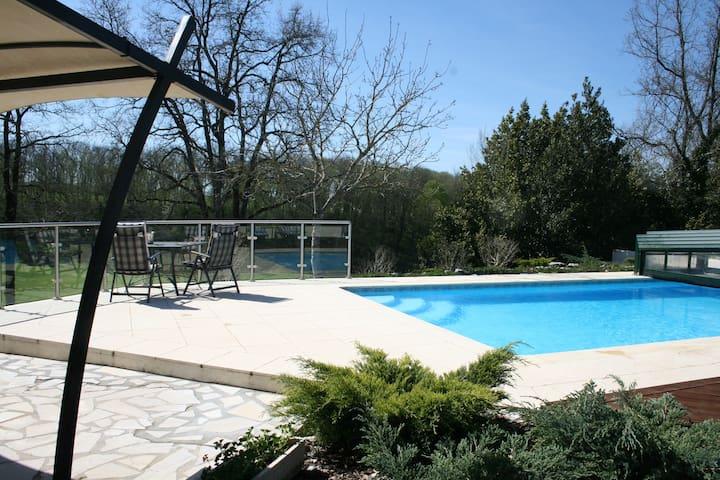 Combine Dordogne luxury golf with a family holiday - Razac-de-Saussignac - Villa