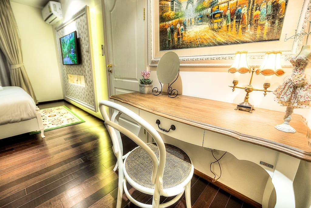 Dressing Table in Bed Room