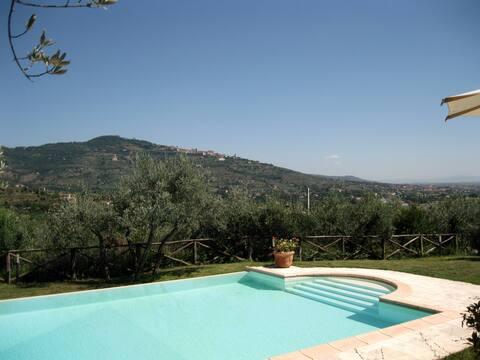 Villa Stefania  great view  Cortona