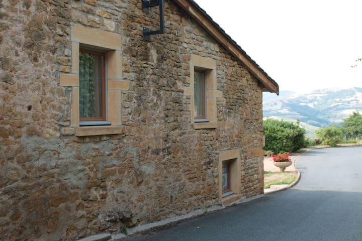Petite maison de village - Oingt - Casa