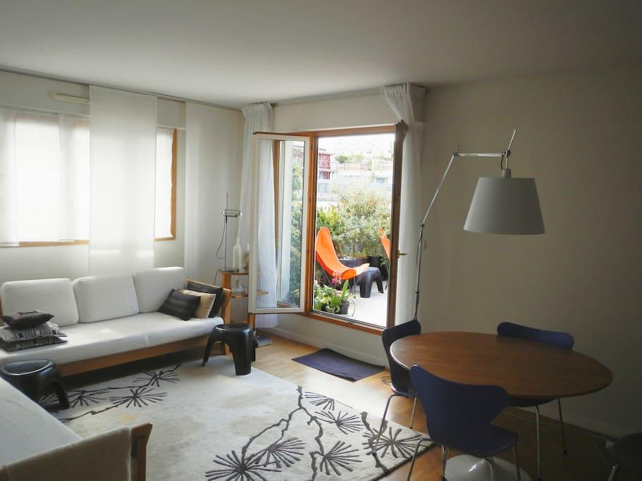 bastille paris 11eme 60m2 terrasse appartements louer paris le de france france. Black Bedroom Furniture Sets. Home Design Ideas