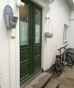 Kolbjørnsvik ved Arendal - Arendal - 獨棟