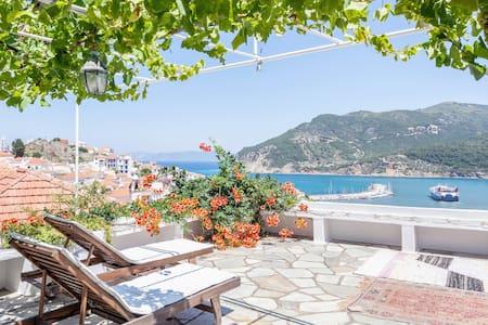 """Skopelos """"Mammia Mia"""" Island 2 - Villa"""