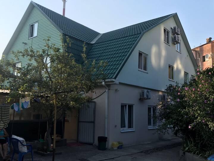 Гостевой дом у моря в Шепси Цена указана за 1 чел.