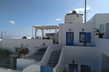 Filoxenia House in Anafi