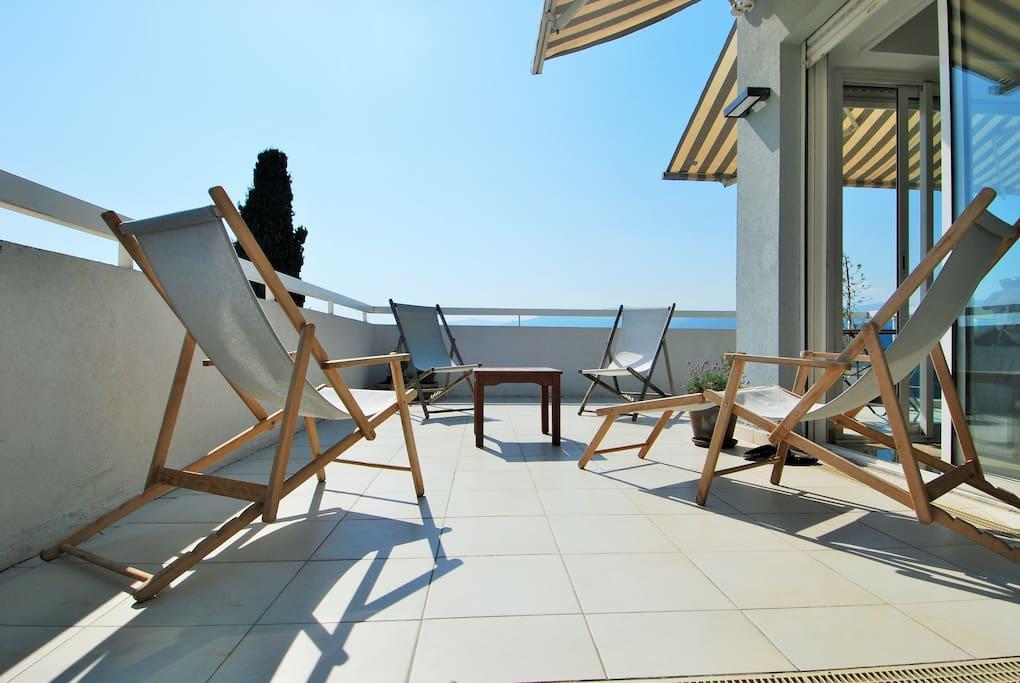 appartement terrasse et piscine appartements louer nice provence alpes c te d 39 azur france. Black Bedroom Furniture Sets. Home Design Ideas