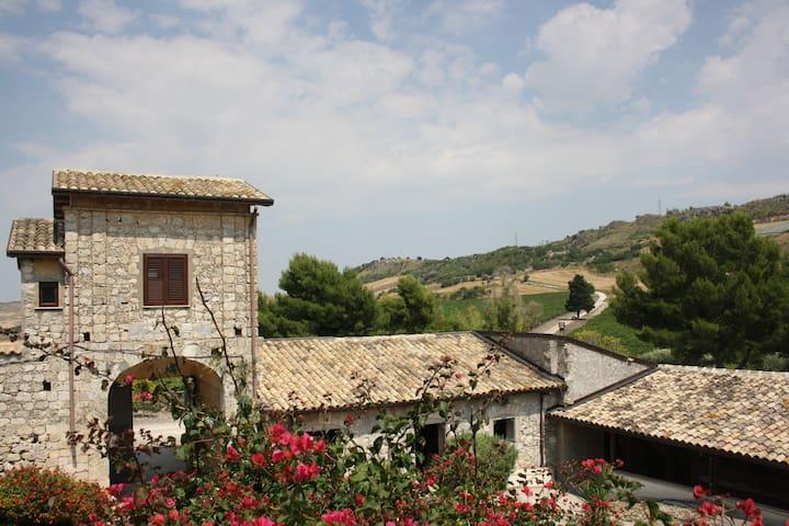 Gibbesi Country Farm - Gibbesi Vecchio - Villa