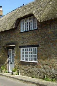 Pretty Thatched Cottage in Somerset
