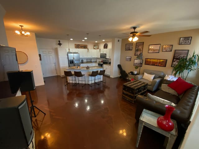 Downtown Chandler Modern Luxury Townhouse