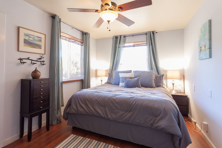 Cal King / Bedroom 1 - Linens and pillows have been updated.