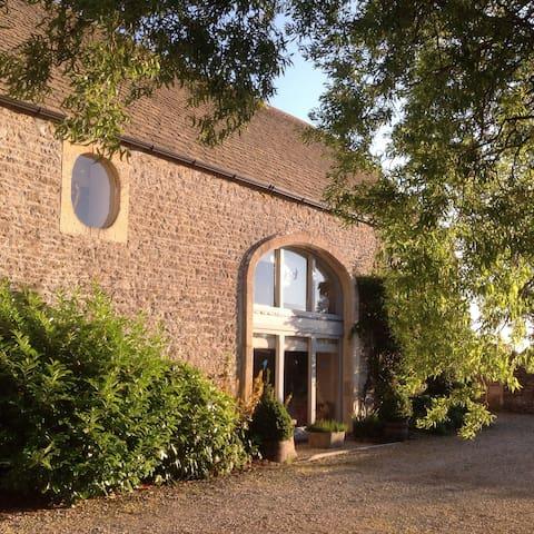 Converted Barn (2 rooms sleeps 5) - Woolverton
