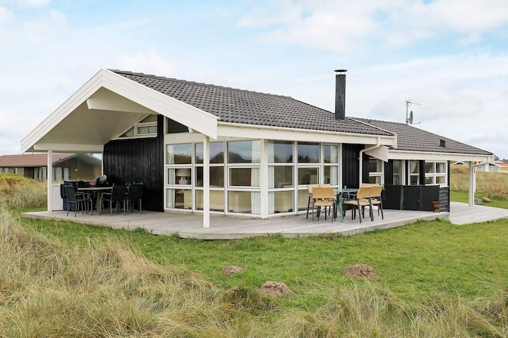 Serene Holiday Home in Hirtshals with Sauna