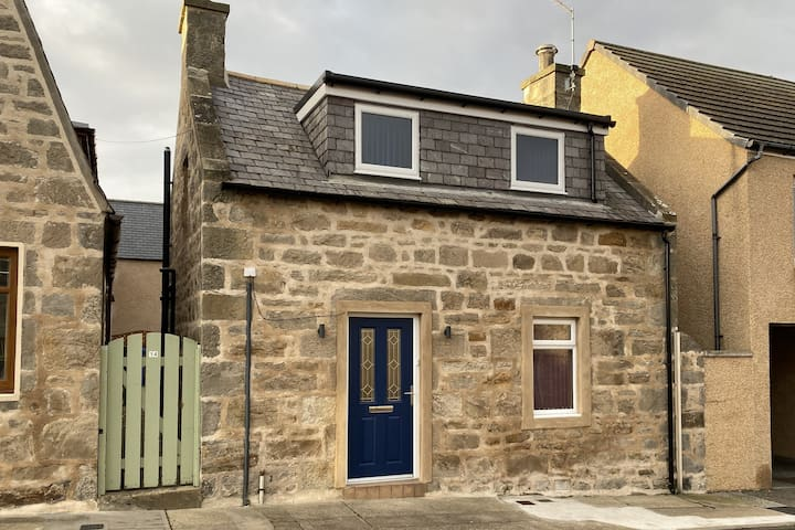 Millie Cottage, Lossiemouth