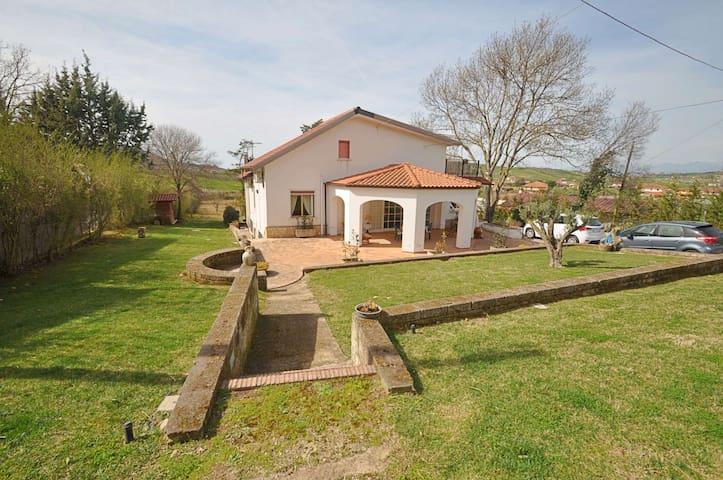 Villa a Roccadaspide ID 663 - Roccadaspide - Ev