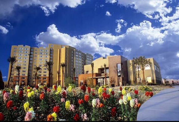 GRANDVIEW RESORT with Sofa Bed!!! NO RESORT FEES!! - Las Vegas - Wohnung