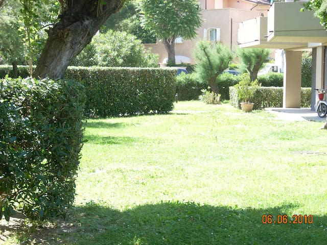 Gabbiano apt: Enjoy sea view and sandy beach