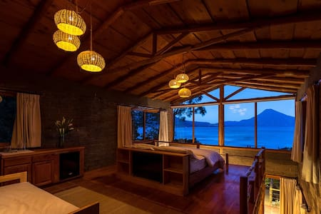 1 Bd villa with spectacular views nature & hot tub