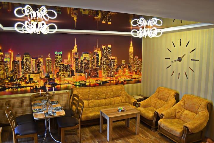 """Люкс апартаменты в Центре """"Нью Йорк"""""""