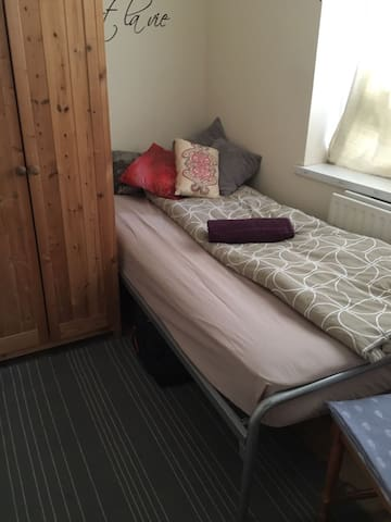 Bright Single room London Bridge - Londra