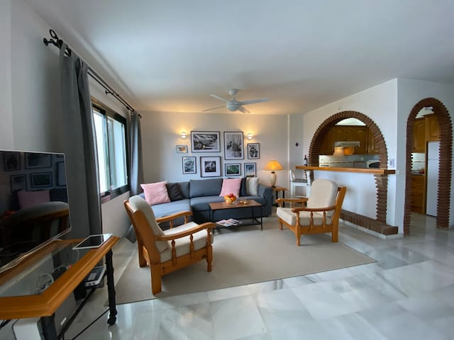 Living room and kitchen with TV and WIFI