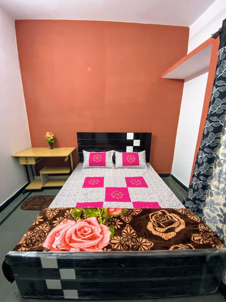 2-SIDDHI COTTAGE 1BHk CLEAN & SAFE