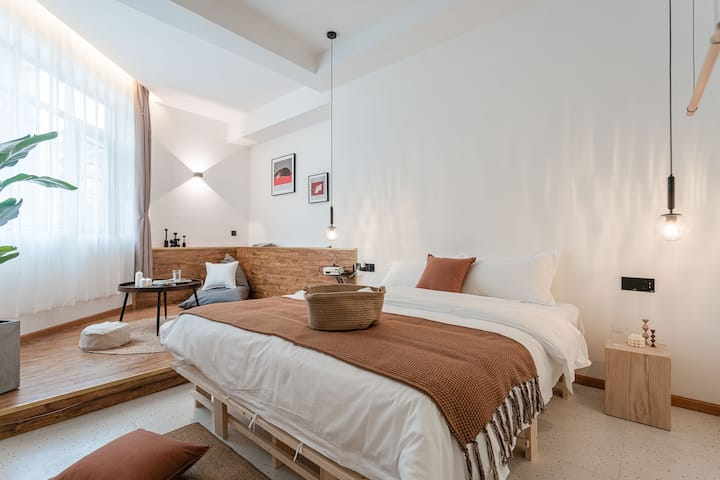 【home+】睡个好觉大床房&高清投影&每客消毒&步行可到文殊院
