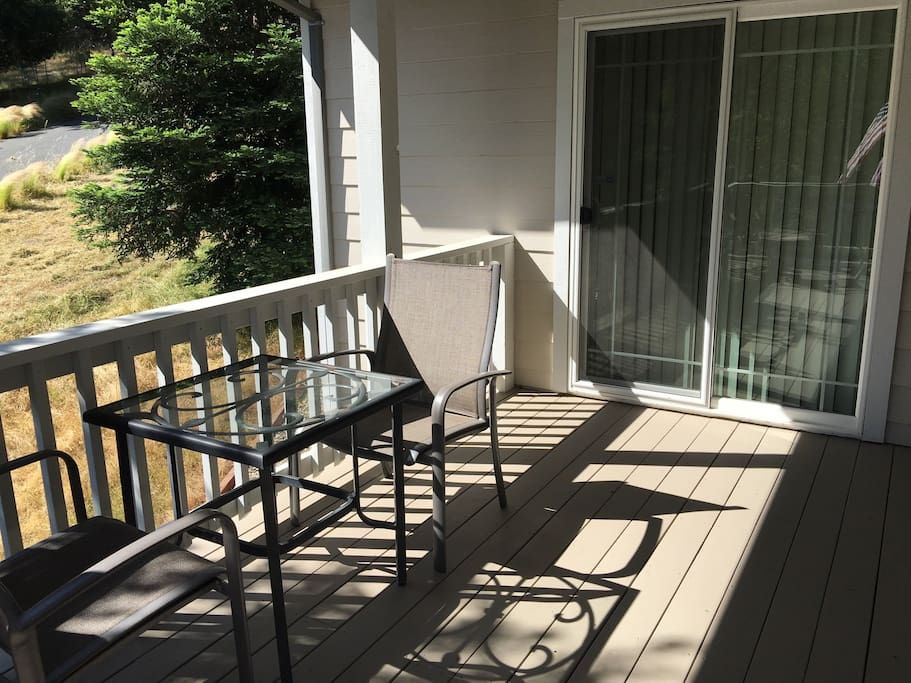 Front porch(side)