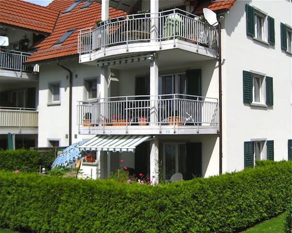 Appartement with Garden, 2 parking - Eglisau - Apartament