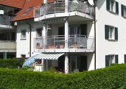 Appartement with Garden, 2 parking - Eglisau - Lägenhet