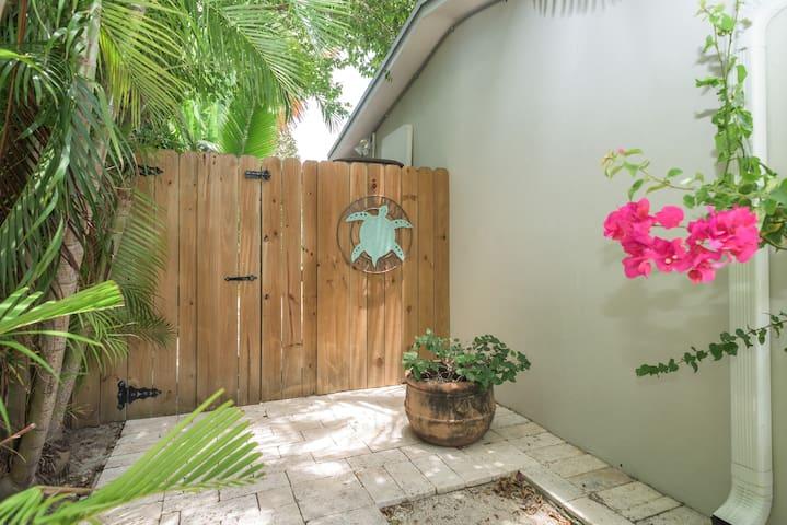 Private Entrance ;)