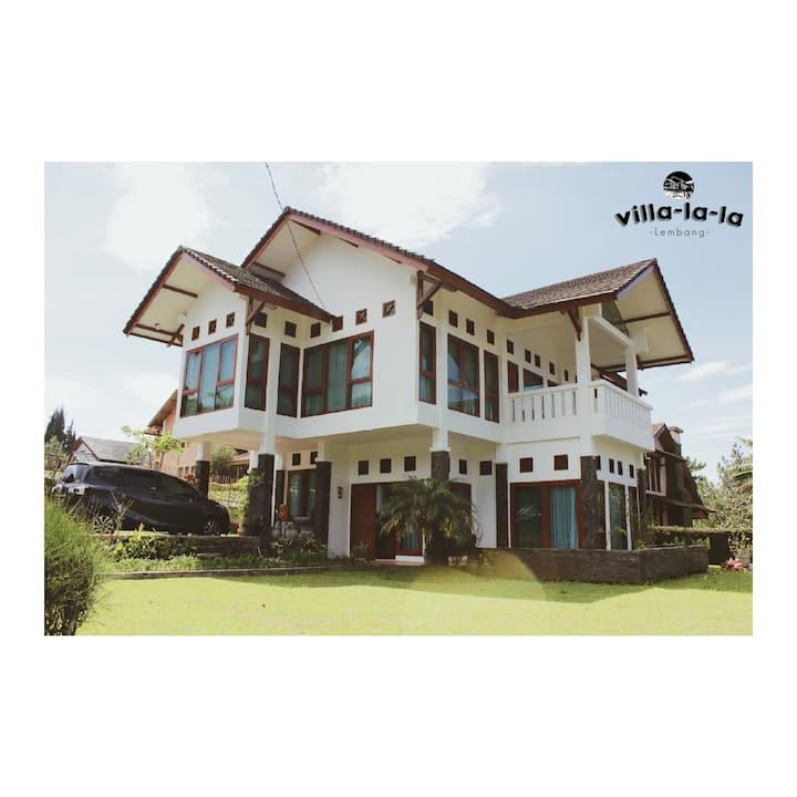 Villa-la-la Villa Lembang [IG: @villalala_]
