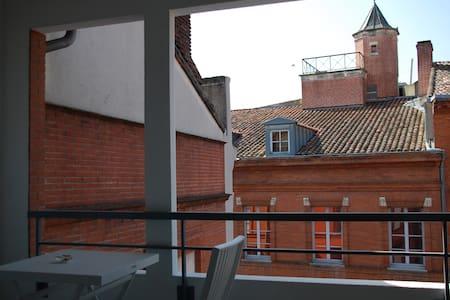 T2+TERRASSE  PLACE DU CAPITOLE - Toulouse