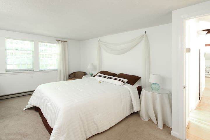 Adorable 2 bdrm Cottage Apartment - Cape Elizabeth - Leilighet