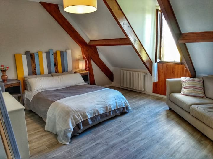 Beautiful rooms around Fontainebleau Forest