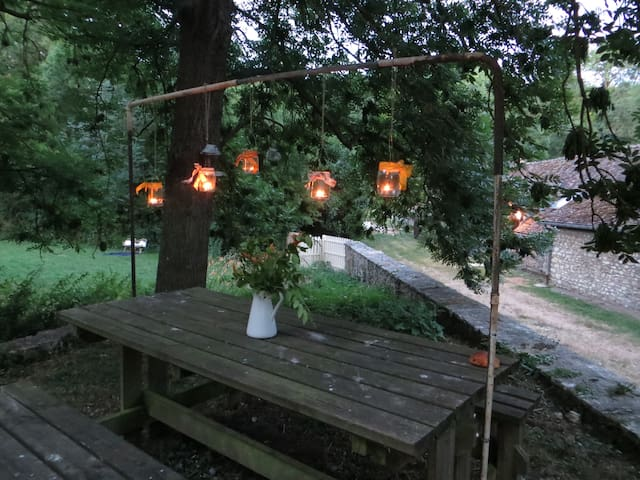 """Ideal for a picnic or a romantic candlelit dinner.""""While eating our delicious dinner beside the mill pool, we watched nutria playing in the water and glimpsed a kingfisher - magic! A great place for a peaceful break."""" Martin"""