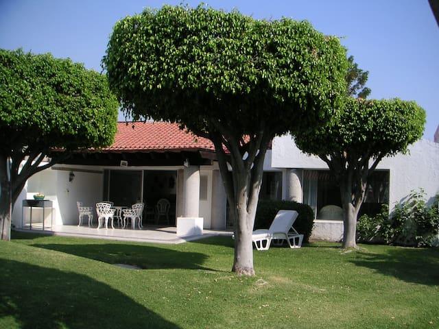 Cuernavaca Xochitepec Colinas Santa Fe / Golf Club
