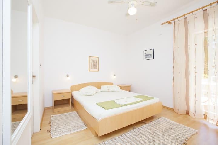 4 Apartments Delic, Island Hvar, Studio 2