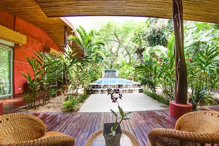 Tropical Paradise close to beach - Potrero