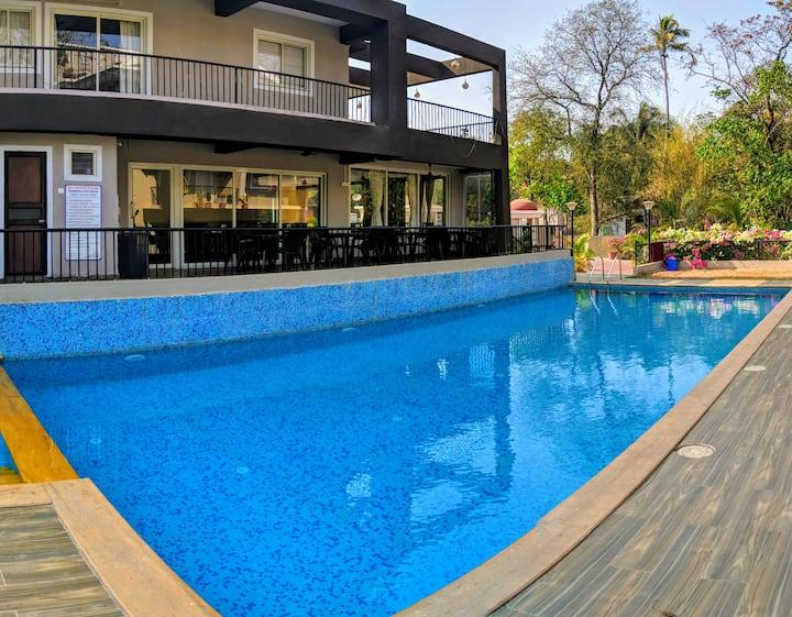 2BHK Spacious Apartment with Pool Anjuna Vagator