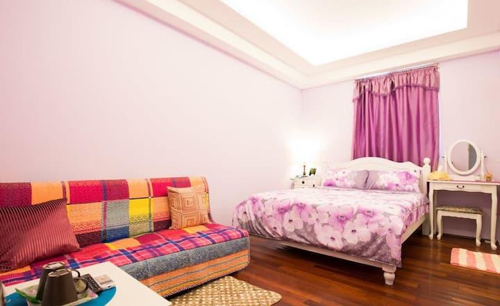 薰衣草套房【A】是精心布置2人房,是黃金屋很受歡迎喔。尤其是度蜜月最愛