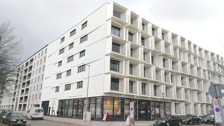 High quality new apartment in Munich near fair.