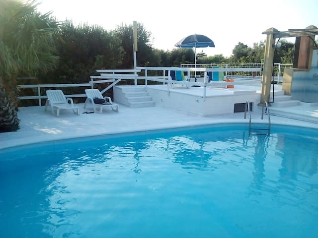 Mono in residence privato piscina d - Vignacastrisi - Departamento