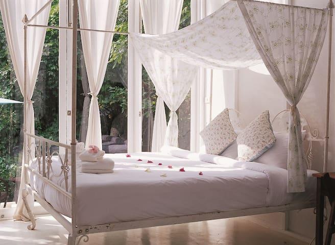 Private Villa in Chiang Mai!