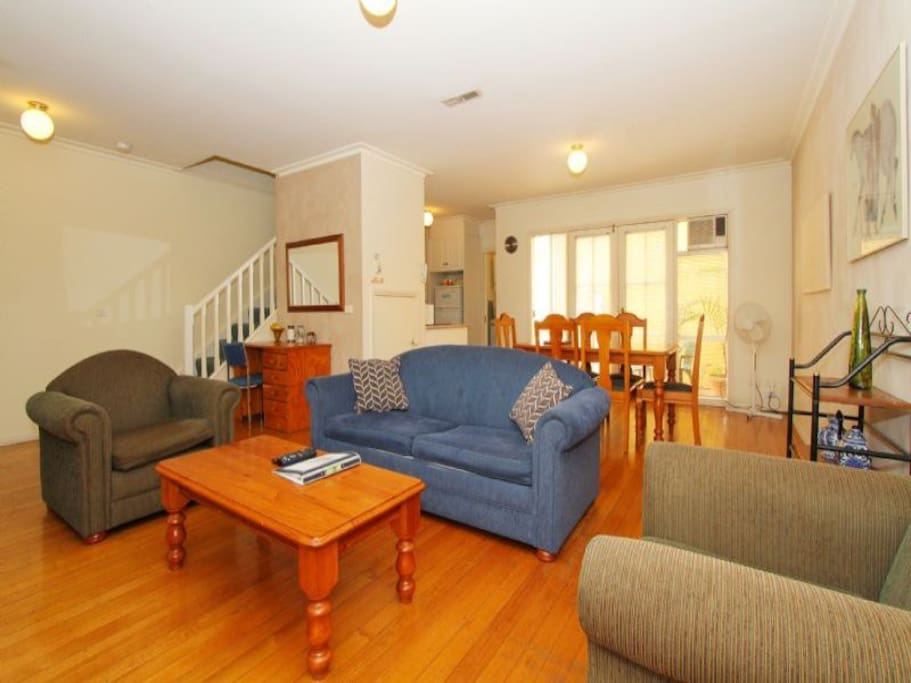 Spacious living area with large LCD TV, Foxtel and DVD